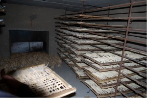 乾燥室で乾燥させる